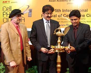 L to R :- Karl Bardosh, Sandeep Marwah, Sundeep Koachar