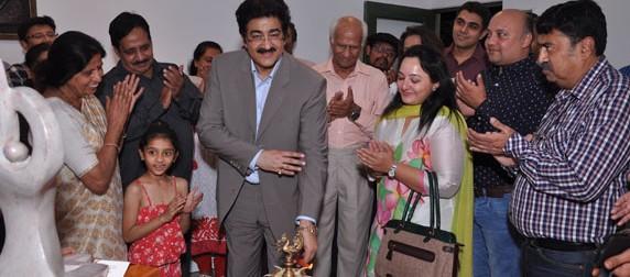 Inauguration of Exhibition of Kusum Jain