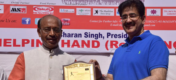 Sandeep Marwah Honored For His Social Activities