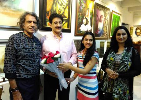 Sandeep Marwah Inaugurated New Art Gallery in Town